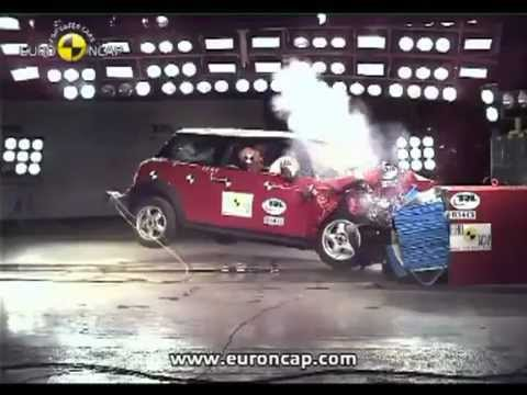 Crash test BMW Mini Cooper 2007