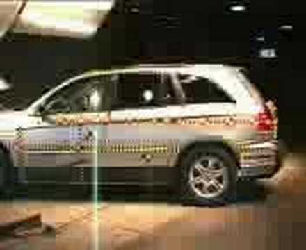Crash Test of Chrysler Pacifica (2007)