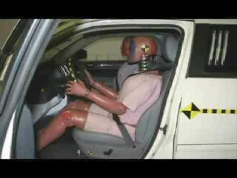 ? 2005 - 2009 Chrysler 300C Limousine - CRASH TEST