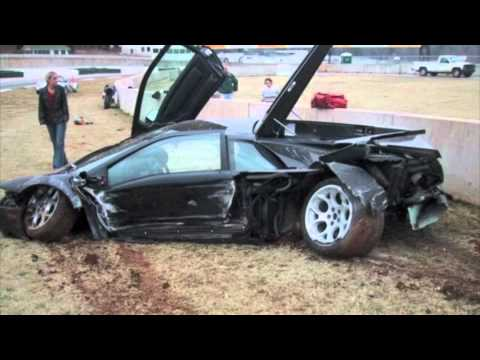 CRASH TEST LAMBORGHINI FATAL 2011 (NOT FUNNY)