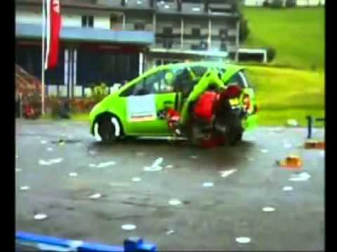 DEKRA Motorcycle Crash Test with Mercedes A-Class