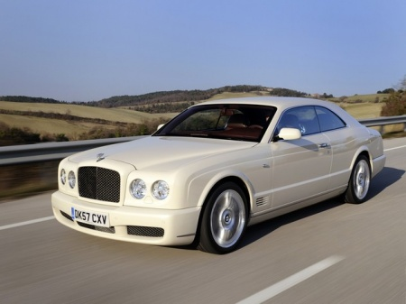 Bentley Brooklands. Фото автомобиля