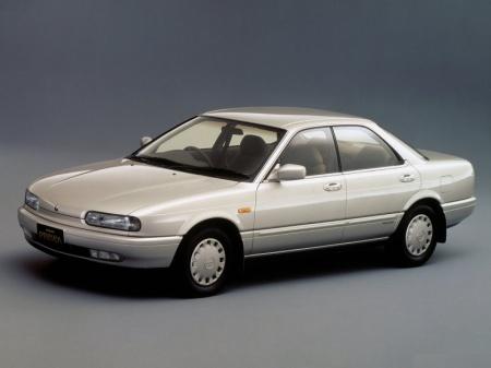Nissan Presea. Фото компактного седана