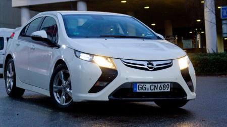 Новый гибрид Opel Ampera и Обзор Лексуса-хэтчбек LF-Ch