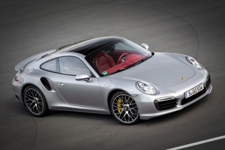 Спорткар Porsche 911 Turbo S (новая генерация).