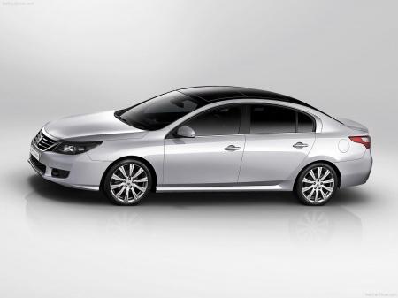 Renault Latitude - кто сказал, что роскошь недоступна