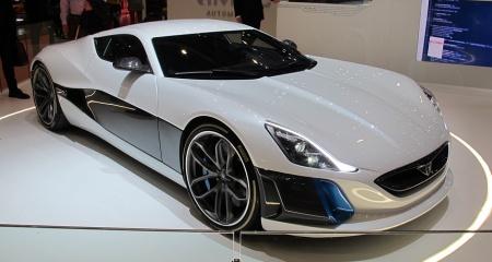 Авто. Суперкар Pagani Huayra и типы асинхронных двигателей