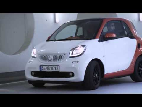 The Car Collection    2015 Mercedes Benz smart fortwo