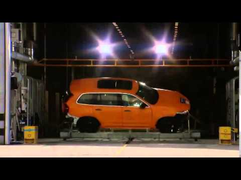 The all new Volvo XC90 Crash test